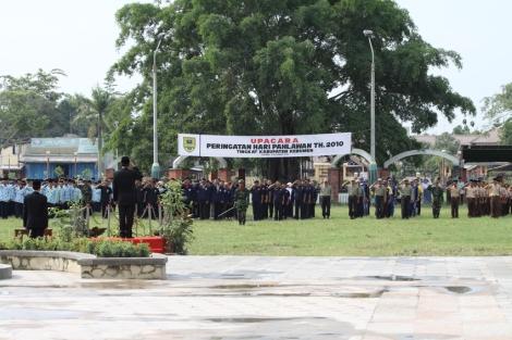 Upacara Peringatan Hari Pahlawan di Alun - Alun Kebumen 10 November 2010