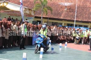 Giat Safety Riding yang diikuti para siswa