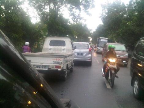 PADAT - arus lalin  di Kutowinangun menuju arah Yogyakarta kemarin