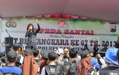 """Yoda """"Idol"""" meriahkan HUT Bhayangkara Ke - 67 yang diadakan Polres Kebumen"""